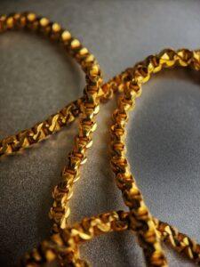 Investiranje v žlahtne kovine postaja vse pomembneje